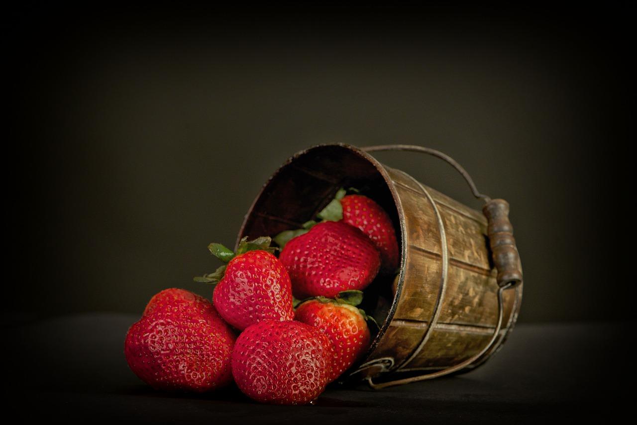 Ob Garten oder Balkon: Beste Pflanzzeit für Erdbeeren ist der Sommer